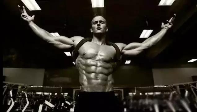 在女人眼里,男人身上哪块肌肉最性感?