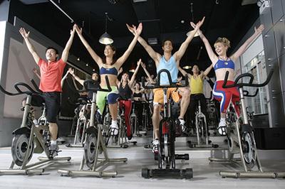 动感单车常见2个误区:变粗腿?流汗等于减脂_健网
