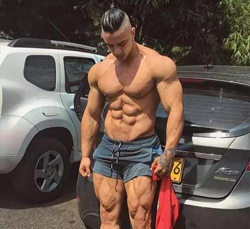 发阳光纯肌肉男
