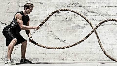 战绳已火遍健身房,看看哪个女明星用它训练最
