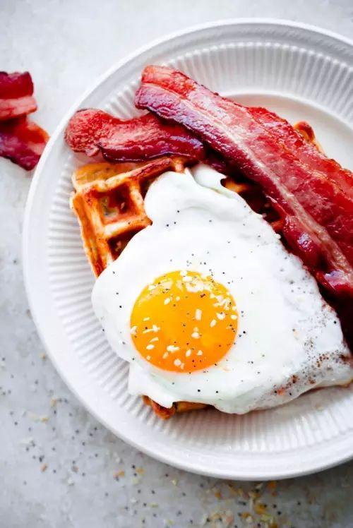 健身离不开的鸡蛋,那种更健康?如何吃、如何选、如何做?最强版!