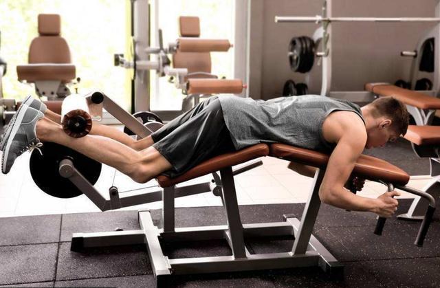 臀腿训练方案:6个动作深度强化力量功能增强根基力量
