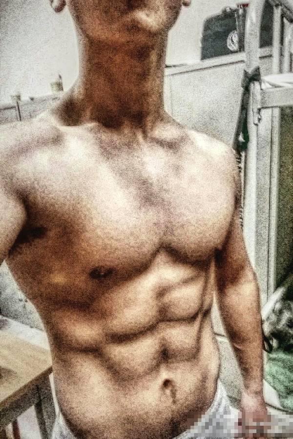 摩羯座90后肌肉爷们爱健身,就喜欢泵感十足的酣畅淋漓_健网
