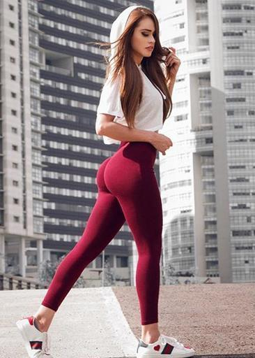 蹲坐式最受健身达人们的欢迎,尤其是下肢曲线健美的妹子!