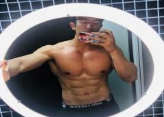 天津体育学院走出来的肌肉型男,五天练七次,公狗腰完美吸睛