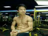 秦荣光:从小喜欢锻炼,只为用身材和技能赢得掌声