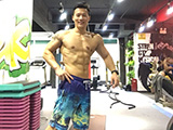 健身不仅让他摆脱腰椎间盘突出 还增肌30斤变型男