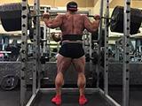 从40kg到100kg卧推蜕变!怎样提升训练力量?