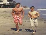 李小龙珍贵健身照,因为这个人他才有这么发达的肌肉