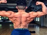 背阔肌强化训练动作,直臂下拉帮你完善背阔肌让背部更有型
