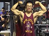 从大白到满身肌肉,十年努力蜕变,坚持健身让人判若两人