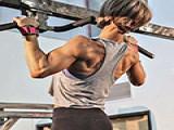 6个健身动作,在家就能练到全身肌肉