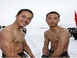 美国特种兵肌肉真有那么壮?其实不如中国军人