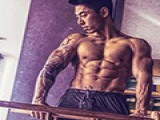 谁说黄种人不适合皇冠现金身?中国小伙6年练出一身结实的肌肉