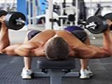 杠铃卧推练出完美大胸肌——皇冠现金身圈最大的谣言