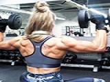 这位英国的健身女教练,体脂率只有5%