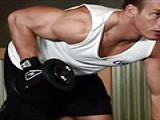 健身房举铁常见错误动作,自己对照,别练的满身是伤