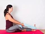 身体僵硬的伽人,这9个瑜伽体式要经常练!
