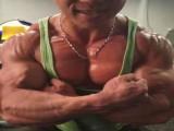 肌肉私教爱健身爱到开工作室,胸肌霸气,学员都忍不住撩