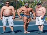 你以为国外女孩就喜欢肌肉男了?跟你预想的并不同