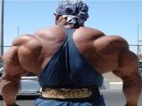 拥有最经典背阔肌的男人,块头真的很大,毫无PS痕迹!