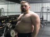 这位父亲照顾家人胖了27斤,为成为孩子榜样决心健身,看他的改变