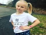 8岁小女孩的健身励志,失去双腿的她,却依然在坚持奔跑锻炼