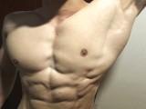 三个月减掉30斤,练就霸气男友臂,胸肌人鱼线也不差,帅呆了