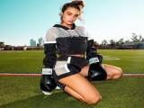 21岁拥有强壮臀腿肌美丽可人颜值,2000万粉丝追随她健身!