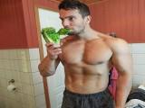 素食健身3年增肌10kg,除了肌肉外他还学到了什么?