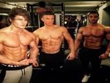 不去健身房,学会这3个训练动作,在家也能虐出八块腹肌!