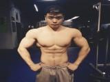 一个爱健身的重庆仔,练就满身肌肉,每天光鸡蛋黄都扔掉一盘