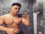同名不同款,他是爱健身的宋小宝,满身肌肉,每年都去国外旅行