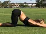 拉伸的好处不可限量,值得每天去做,看健身瑜伽教练如何进行拉伸