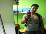 90后爱健身,总觉得自己练得不够大,每天挥汗如雨,肌肉有型给力
