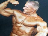 爱尔兰健美猛男举铁30多年于57岁离世,是健身透支了身体?