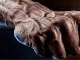 强壮真男人的标志,只有健身老手才懂得去练握力