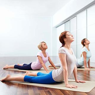 15分钟强效瘦身瑜伽 让身形线条更加优美