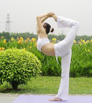 杨敏,与瑜伽的美丽相约